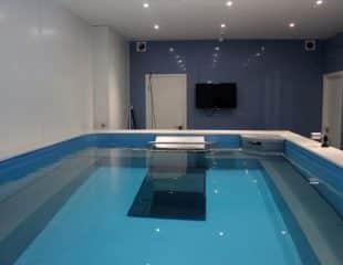 Swimming video analysis